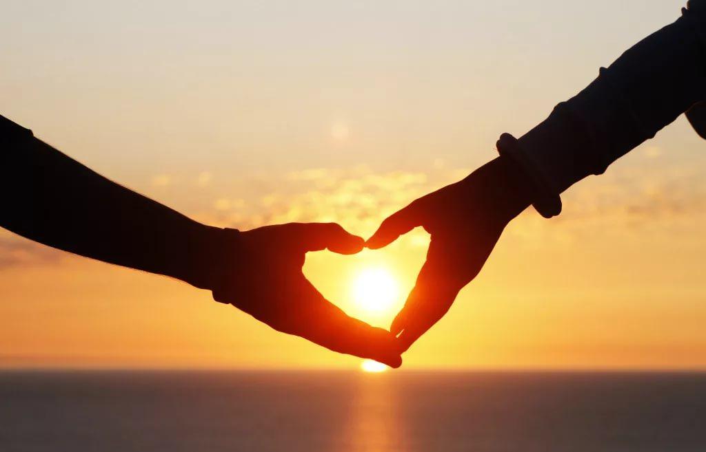 «Кто просто — любит»